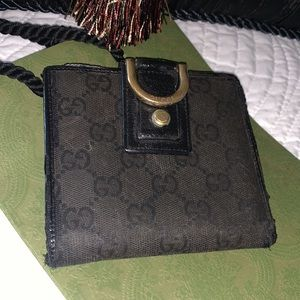 Authentic Gucci GG wallet